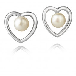 Jersey Pearl heart earrings
