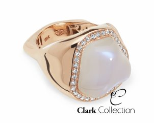 This exceptional Moonstone, is crafted in 18ct. Rose Gold, we subsequently made a matching pendant.