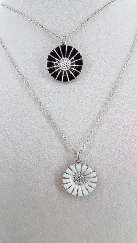Georg Jensen Daisy necklace