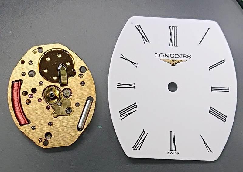 Longines Les Classique dial and movement